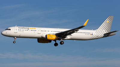 EC-MJR - Airbus A321-231 - Vueling Airlines