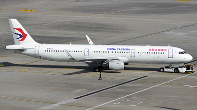 B-8232 - Airbus A321-211 - China Eastern Airlines