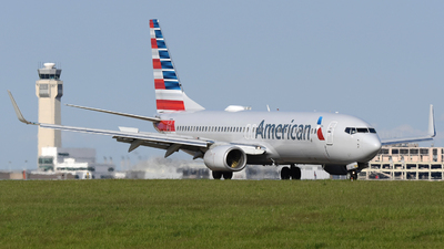 A picture of N976AN - Boeing 737823 - American Airlines - © DJ Reed - OPShots Photo Team