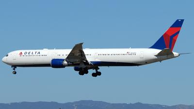 N836MH - Boeing 767-432(ER) - Delta Air Lines