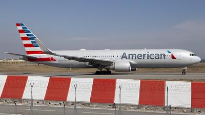 N388AA - Boeing 767-323(ER) - American Airlines