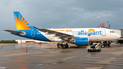 A picture of N311NV - Airbus A319111 - Allegiant Air - © Evan Dougherty