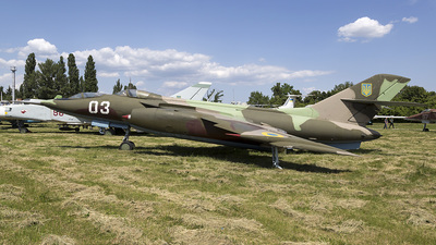 03 - Yakovlev Yak-28U - Ukraine - Air Force