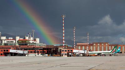 LIMJ - Airport - Terminal