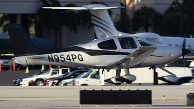 N954PG - Cirrus SR22T-GTS - Private