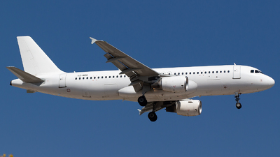 LZ-MDO - Airbus A320-214 - Via Airlines