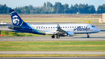 A picture of N177SY - Embraer E175LR - Alaska Airlines - © Chung Kwok