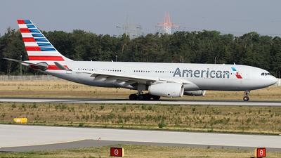 N281AY - Airbus A330-243 - American Airlines
