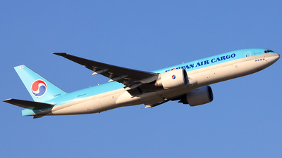 HL8252 - Boeing 777-FB5 - Korean Air Cargo