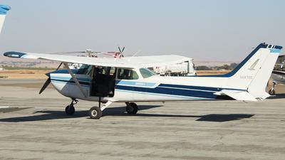 A picture of N6476G - Cessna 172N Skyhawk - [17273601] - © Conner Rocha