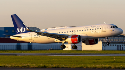 SE-RON - Airbus A320-251N - Scandinavian Airlines (SAS)