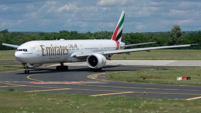 A6-EQF - Boeing 777-31HER - Emirates