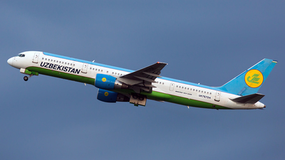 UK75704 - Boeing 757-231 - Uzbekistan Airways