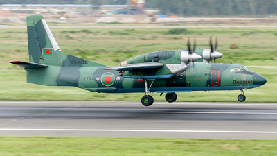 1702 - Antonov An-32 - Bangladesh - Air Force