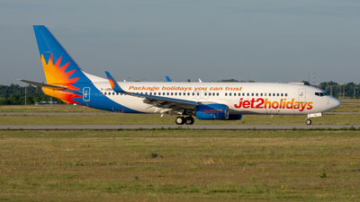 A picture of GJZBG - Boeing 7378MG - Jet2 - © srmark
