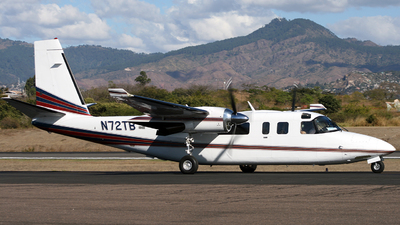 A picture of N72TB - Rockwell 690C - [11619] - © Leonardo Perez