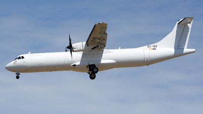 A picture of ECIZO - ATR 72500(F) - [0711] - © Romain Salerno / Aeronantes Spotters