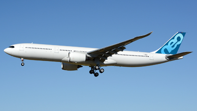 A picture of FWWCE - Airbus A330 - Airbus - © Romain Salerno / Aeronantes Spotters