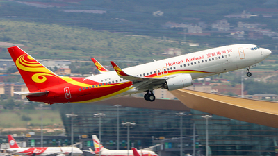 A picture of B7172 - Boeing 73786N - Hainan Airlines - © ChengFJ