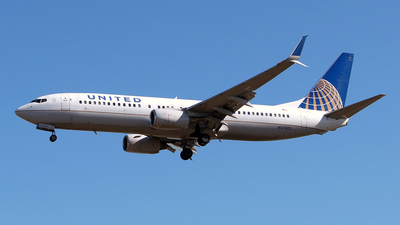 N37293 - Boeing 737-824 - United Airlines