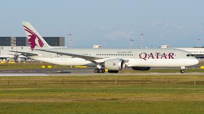 A picture of A7BHB - Boeing 7879 Dreamliner - Qatar Airways - © Luca Cesati