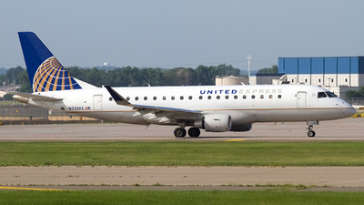 A picture of N733YX - Embraer E175LR - United Airlines - © Jeremy D. Dando