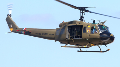 NX431LH - Bell UH-1H Huey II - Private