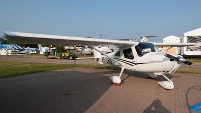 A picture of N51986 - Cessna 162 Skycatcher - [16200004] - © Felipe Garcia