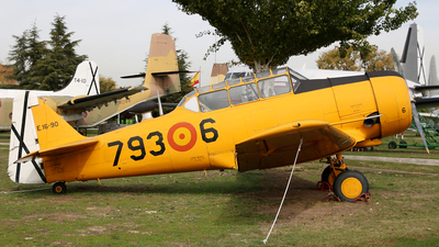 E.16-90 - North American T-6G Texan - Spain - Air Force