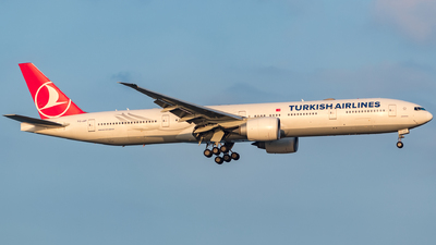 TC-JJT - Boeing 777-3F2ER - Turkish Airlines