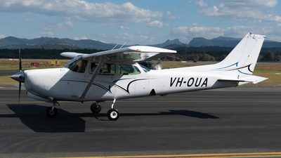 A picture of VHOUA - Cessna 172RG Cutlass RG - [172RG0534] - © Ben Long