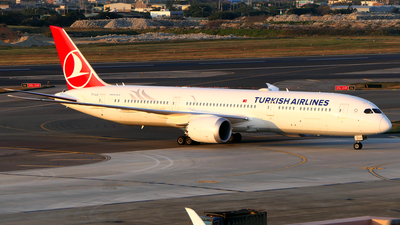 TC-LLO - Boeing 787-9 Dreamliner - Turkish Airlines