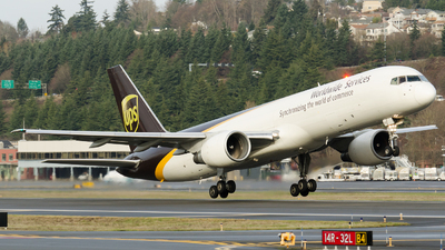 A picture of N435UP - Boeing 75724APF - UPS Airlines - © PrestonFiedler