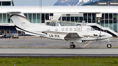 LN-FIX - Beechcraft B200 Super King Air - Private