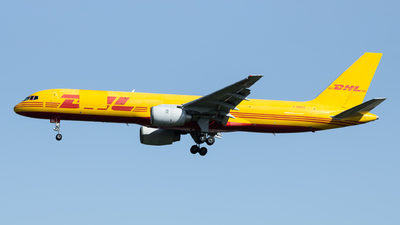A picture of GBMRA - Boeing 757236(SF) - DHL - © Jeremy De Winter