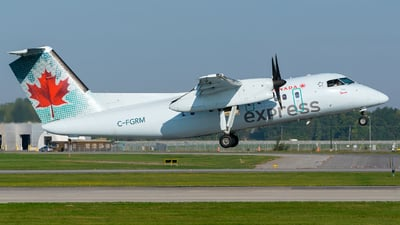 C-FGRM - Bombardier Dash 8-102 - Air Canada Express (Jazz Aviation)