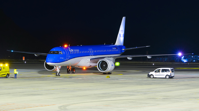 PH-NXA - Embraer 190-400STD - KLM Cityhopper