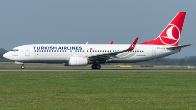 A picture of TCJVS - Boeing 7378F2 - Turkish Airlines - © Gerhard Zant