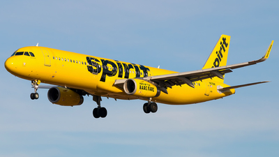 A picture of N676NK - Airbus A321231 - Spirit Airlines - © Gautham Kurup