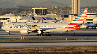 N757AN - Boeing 777-223(ER) - American Airlines