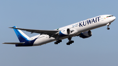 A picture of 9KAOI - Boeing 777369(ER) - Kuwait Airways - © Firat Cimenli