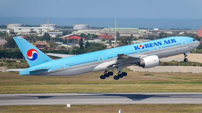 HL7721 - Boeing 777-2B5(ER) - Korean Air