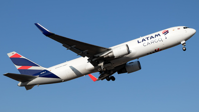 A picture of N538LA - Boeing 767316(ER)(BCF) - LATAM Cargo Chile - © MartinezRoe7