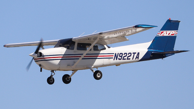 N922TA - Cessna 172R Skyhawk - Private