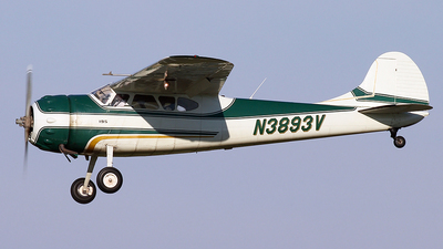 A picture of N3893V - Cessna 195 - [7365] - © Joe Osciak