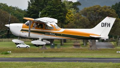 ZK-DFH - Cessna 172L Skyhawk - Private