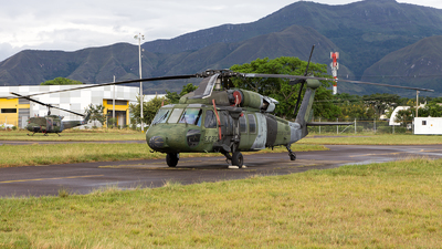 EJC2176 - Sikorsky UH-60L Blackhawk - Colombia - Army