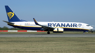 A picture of 9HQBQ - Boeing 7378AS - Ryanair - © Marin Ghe.