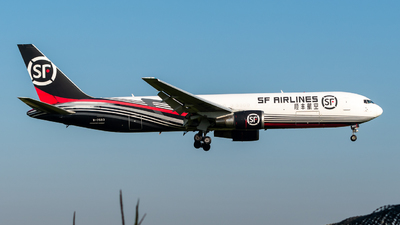 A picture of B7593 - Boeing 767338(ER)(BCF) - SF Airlines - © Gao Yupeng