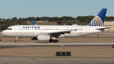 A picture of N427UA - Airbus A320232 - United Airlines - © Yixin Chen
